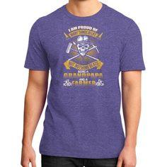 Grandpapa farmer District T-Shirt (on man)