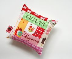 Pincushions log cabin quilted quilt theme