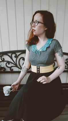 Handmade detachable collar for your vintage inspired outfits 🌟 Made by Protagonist Crafts at Etsy.  #detachablecollar #vintageaesthetic Crochet Accessories, Handmade Accessories, Detachable Collar, Crochet Collar, Vintage Inspired Outfits, Sustainable Fashion, Casual Looks, Vintage Fashion, Teal