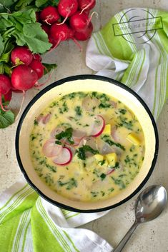 Spring soup with radishes - Flavors on a plate Spring Soups, Polish Recipes, Polish Food, Spring Recipes, Potato Soup, Cheeseburger Chowder, Soup Recipes, Potatoes, Cooking