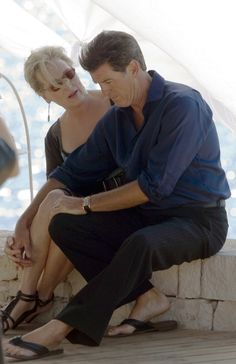 Pierce Brosnan and Meryl Streep at a Mamma Mia event! Mamma Mia, Meryl Streep, Pierce Brosnan, Movie Couples, Cute Couples, Female Actresses, Actors & Actresses, Barack Obama, I Look To You