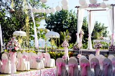 It's the flower, it's the color, it's every bits and pieces that help us to bring your dream wedding comes true.