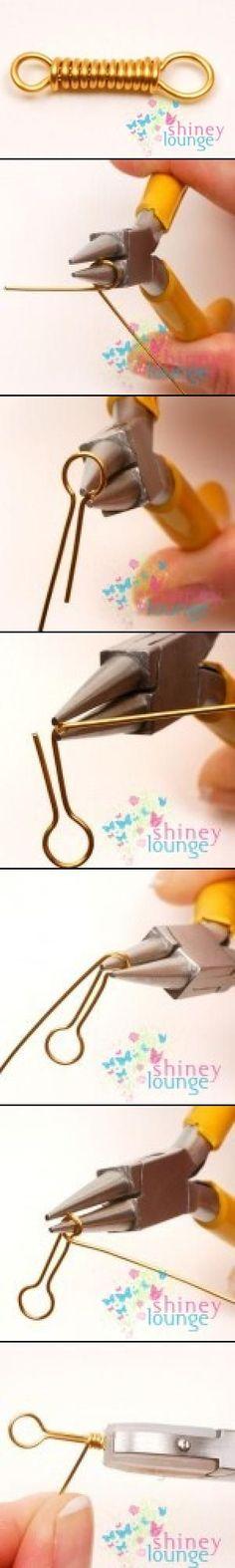 http://www.jewelleryrocks.co.uk/shineylounge/2009/05/20/free-wire-work-eye-for-hook-clasp/