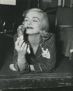 vintage everyday: Ice Cream with Hollywood Actresses