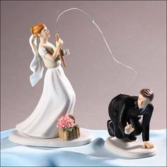 Amazing and Funny Wedding Cake Toppers // Figuras para queque de boda divertidas (pescando)