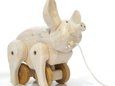 Wooden Pig Pull Toy