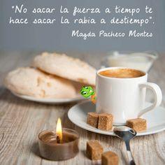 Mientras tomamos un café... ¡Hoy nos toca hablar de momentos! Y lo hacemos gracias a Magda Pacheco Montes, una de nuestras fans de facebook. Magda nos anima a que hagamos las cosas y lo que sentimos en el momento adecuado. Eso no significa que debamos ser impulsivos, pero si hacer y decir las cosas cuando hay que hacerlas. Un saludito a todos y feliz día.