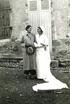 Homo History: Lesbian Wedding Photos, circa 1900 to 1930. Lovely.