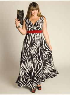 The Kiyomi Maxi Dress from IGIGI by Yuliya Raquel is a must-have for any fashionista!