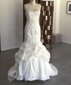 Ariel wedding dress!!