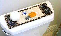 TOILET TANK TOPPER/Floral Quilt/Table by MondayMondayDesign