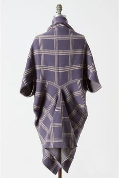 Featherty Sews: Dalsland wrap - an anthro knockoff - with tute