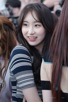 180826 ICN 출국 #이채연 #produce48 #izone Yuri, Japanese Girl Group, Extended Play, The Wiz, Our Girl, Korean Singer, Girl Crushes, Kpop Girls, Are You Happy
