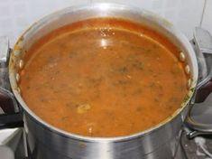 lentille, tomate pelée, coriandre, oignon, céleri, boeuf, Huile d'olive, Viandes, double concentré de tomate, colorant alimentaire...