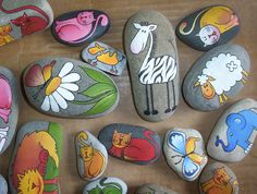 Examples of painted rocks (Not in English)