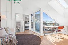 Amenajare scandinavă într-o mansardă de 158 m²   Jurnal de design interior