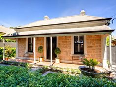 4 bedroom, 2 bathroom house in 73 Second Avenue, St Peters SA 5069 sold on View listing details on Domain Shingle Style Architecture, Australian Architecture, Australian Homes, Brick Cottage, Cottage Exterior, Australian Garden Design, Country Home Exteriors, Traditional Exterior, Interior Garden