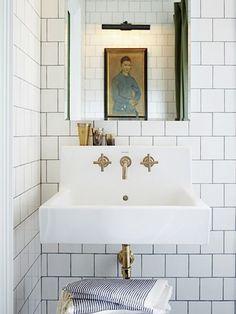 brass fixtures and subway tiles. – brass fixtures … brass fixtures and subway tiles. – brass fixtures and subway tiles. Bathroom Renos, Bathroom Interior, Modern Bathroom, Master Bathroom, Family Bathroom, Bathroom Ideas, Small Bathrooms, Marble Bathrooms, Gold Bathroom