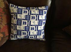 Duke pillow
