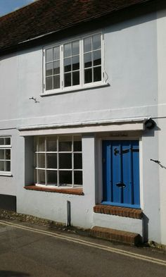 Flood defence in Bosham.remove half the door.did it work? Does It Work, Mother Nature, Garage Doors, How To Remove, Homes, Shape, Outdoor Decor, Home Decor, Houses
