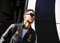 ❤❤❤ Cristiano Ronaldo Juventus, Ronaldo Football, Virat Kohli, Avatar, Captain Hat, Sports, Hs Sports, Sport