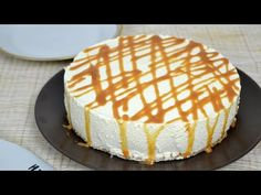 Tarta de queso y leche condensada ¡Sin horno! - Song Tutorial and Ideas Salted Caramel Cheesecake, Cheesecake Cake, Cheesecake Recipes, Chocolate Souffle, Chocolate Hazelnut, Custard Sauce, Strawberry Trifle, Almond Cakes, Food Cakes
