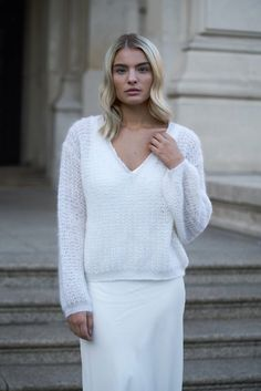 White Bridal, Pullover, Models, Couture, Maine, Knitwear, Trunks, Bell Sleeve Top, Lifestyle