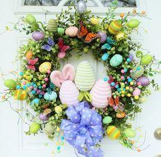 Easter egg wreath. Love the bunny ears!