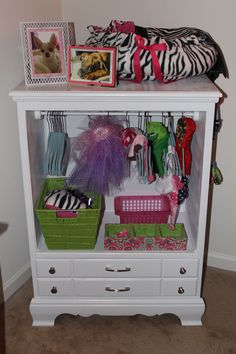 Dog Dresser/Closet fantastic for small dogs outfits! Just what the well dressed chihuahua needs Chihuahua Clothes, Pet Clothes, Clothes Storage, Dog Clothing, Puppy Clothes Girl, Doll Clothes, Dog Dresser, Dresser Ideas, Dog Closet