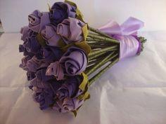bouquet em flores de tecido.consulte cores e tamanhos diferentes. R$ 108,00