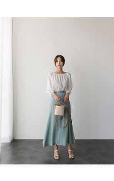 Look gorgeous, beautiful, and cool Korean Girl Fashion, Korean Fashion Trends, Korea Fashion, Asian Fashion, Look Fashion, Korean Outfit Street Styles, Korean Outfits, Mode Outfits, Modest Fashion