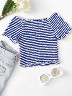 To find out about the Lettuce Trim Striped Top at SHEIN, part of our latest Women Tops ready to shop online today! Cute Outfits For Kids, Cute Summer Outfits, Cute Casual Outfits, Outfits For Teens, Moda Fashion, Cute Fashion, Fall Fashion, Fashion Trends, Crop Top Outfits
