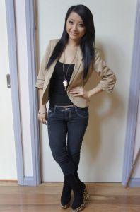 beige blazer blue jeans black tank