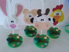 Ideas para agregar a la decoración de una Fiesta de la Vaca Lola Farm Birthday, Birthday Parties, Farm Party, Ideas Para Fiestas, Bottle Crafts, Baby Pictures, Baby Shower Invitations, Mousse, Diy And Crafts