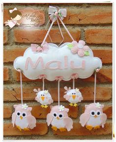 "baby's name ""cloud"" w/owls (in choice of color) dangling in felt Owl Crafts, Baby Crafts, Diy And Crafts, Felt Mobile, Baby Mobile, Felt Banner, Felt Baby, Felt Decorations, Felt Toys"