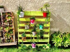 jardin suspendu sur palette peinte