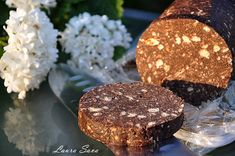 Salam de biscuiti cu ciocolata si napolitane Mai, Fudge, Cookies, Desserts, Food, Romania, Recipes, Crack Crackers, Postres
