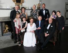 King Harald V's 25th jubilee celebrations: Private Dinner in Skaugum, 16th Jan 2016.