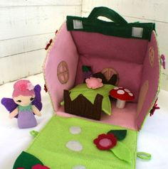 Felt Fairy house (playhouse / dolls house) - by SnugglesandSmiles on madeit Felt Doll House, Felt Fairy, Felt Patterns, Fabric Houses, Vintage Paper Dolls, Fairy Dolls, Felt Dolls, Sewing For Kids, Felt Crafts