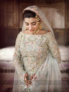 Urwa hocane wedding, wearing elan