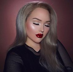 nikkie-tutorial-easy-fall-vibes-nye-holiday-nye-look-youtuber-makeup-glam-drugstore-eyeshadow-palette-holiday-make-up-makeup-merry-christmas-happy-new-year-eve