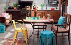 Todo charme de ter uma churrasqueira em casa. Veja como: www.casadevalenti... #decor #decoracao #interior #design #kitchen #cozinha #cores #color #churrasqueira #casadevalentina