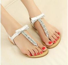 Free Shipping 2013 new rhinestone fashion flat sandals for women flip flops silver/gold women's summer shoes XZ8484-in Sandals from Shoes on Aliexpress.com $19.87