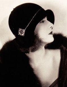 Greta Garbo vintage hollywood glam                                                                                                                                                                                 More