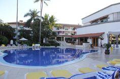 Family Pool area Crown Paradise Club Puerto Vallarta  |  Av de las Garzas 1, Puerto Vallarta 483