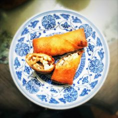 Spring Rolls 春捲 | Chinese Recipes at TheHongKongCookery.com Roast Pork Bun, Pork Buns, Chinese Spring Rolls, Vietnamese Spring Rolls, Spring Roll Wrappers, Authentic Chinese Recipes, Asian Grocery, Egg Tart, Dim Sum