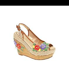 Love this shoe. So pretty.