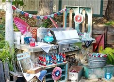 Vintage Americana at it's best on Celebrations at home (from Sweets Indeed and Found Vintage Rentals)