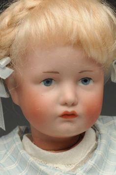 Lot # : 133 - Splendid K & R Character Doll.
