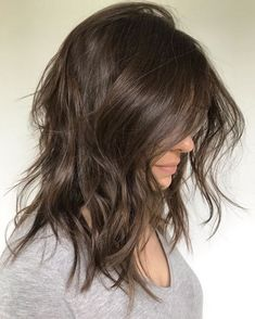 Medium Shaggy Hairstyle with Messy Waves Haircuts For Wavy Hair, Cute Hairstyles For Medium Hair, Curly Hair Cuts, Medium Hair Cuts, Curly Hair Styles, Medium Haircuts For Women, Wedding Hairstyles, Easy Hairstyles, Long Shaggy Hairstyles
